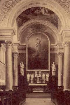 A katolikus templom főoltára az 1930-as években
