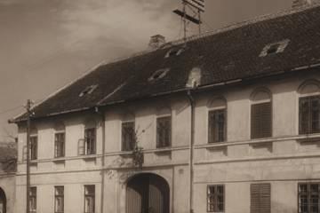 Kossuth Lajos utca 4