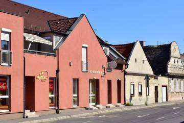 Kossuth utca 12