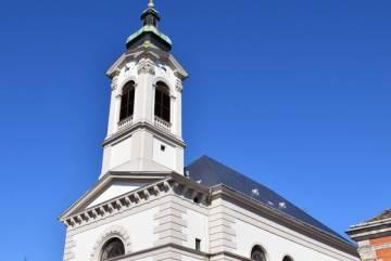 Urunk színeváltozása templom 3