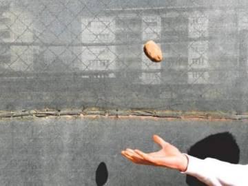 3. helyezett: Kuti Gergő - Föl-földobott kő
